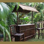 Island Tiki Bar – Tropical Outdoor Tiki Bar – Brown Bamboo Tiki Bar