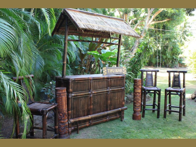 Maui Outdoor Tiki Bar Outdoor Bar Ideas - Backyard tiki bar ideas